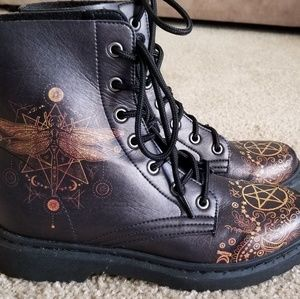 Yes We Vibe - Golden Spiritual Butterfly boots